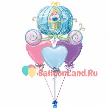 Букет воздушных шариков карета Золушки с сердцами