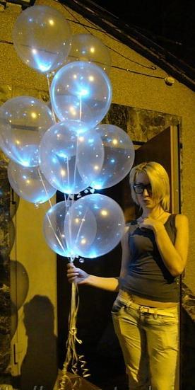 Прозрачные светящиеся шары